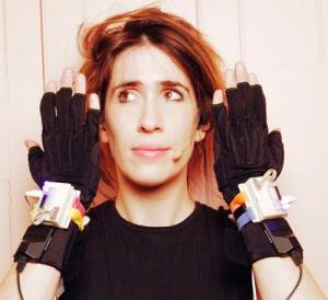 imogen-heap-gloves