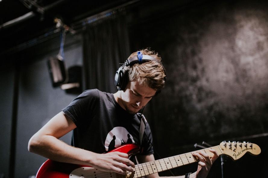 Ryan Elliott Strat Fender Guitar